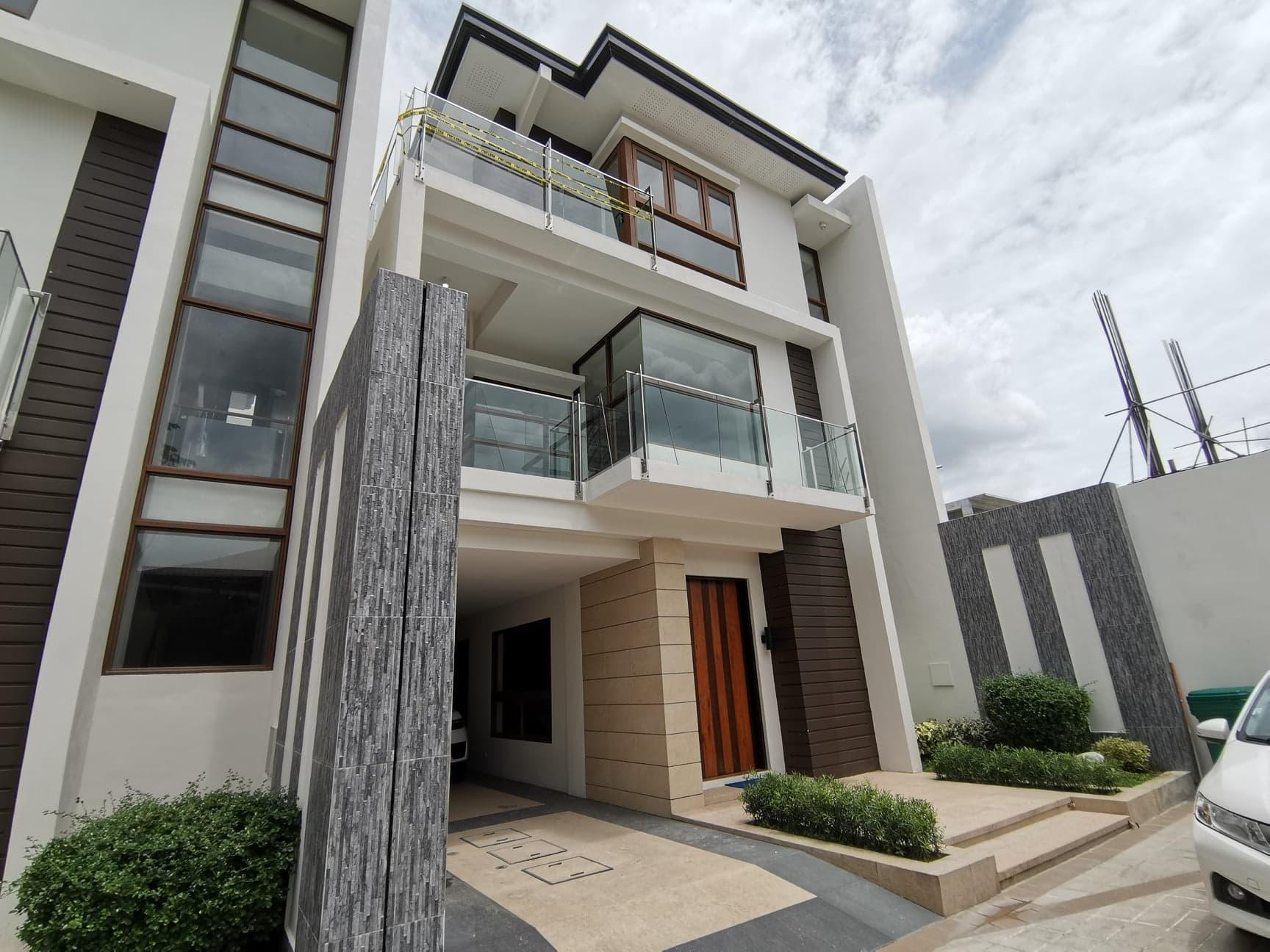 Townhouse for Sale in Quezon City - Alpha Ridge main