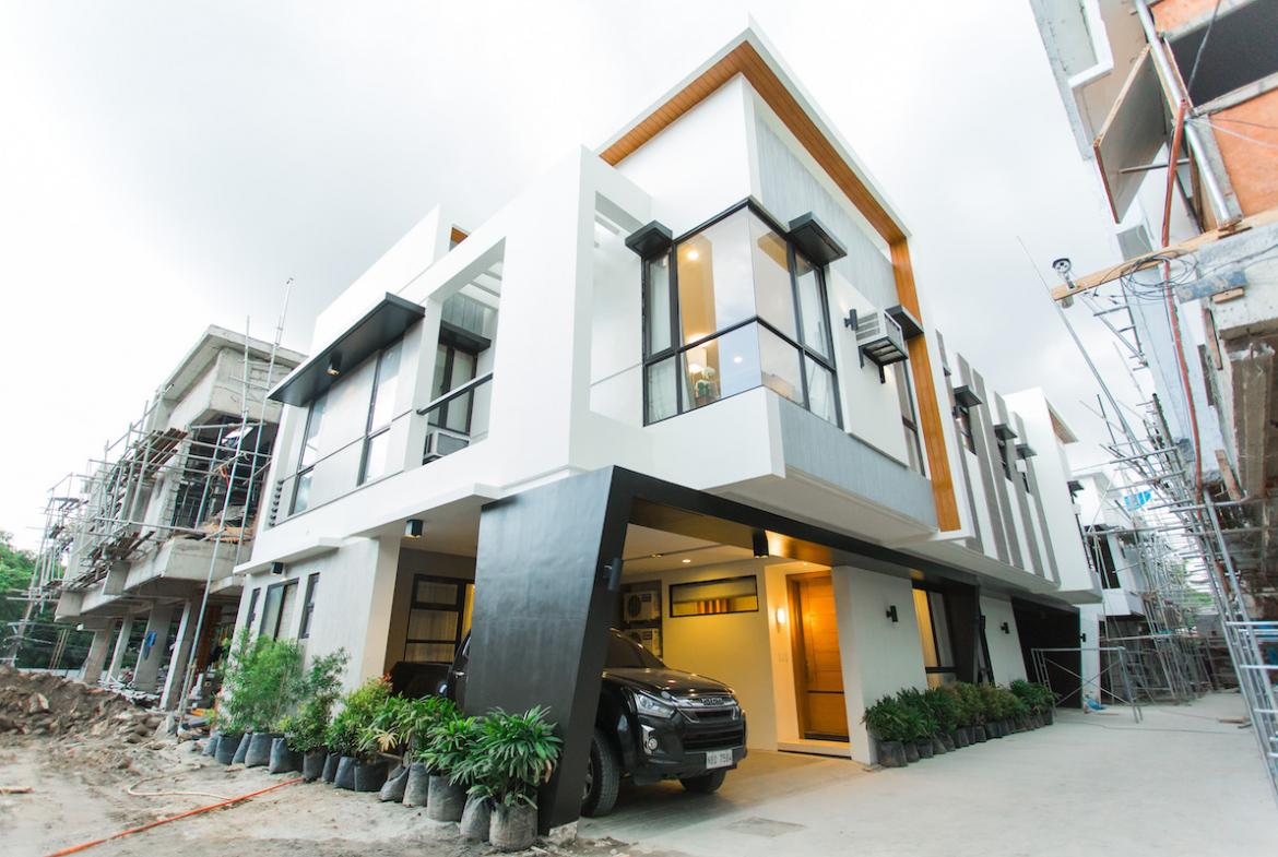Townhouse for Sale in Quezon City - mariposa